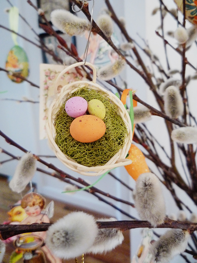 EasterTree9